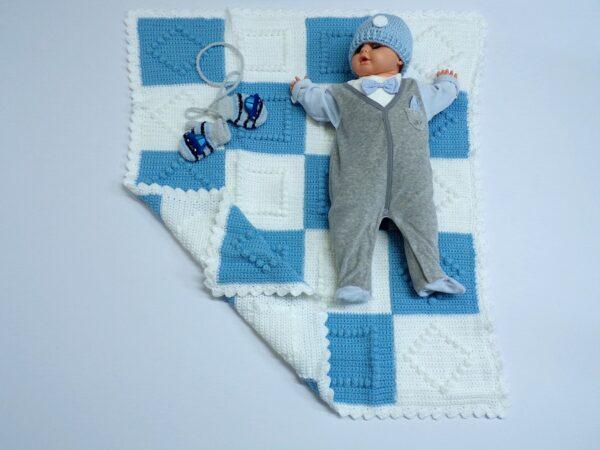 Χειροποίητη κουβέρτα σιέλ-λευκό ρόμβος 1
