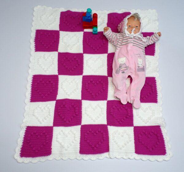 Χειροποίητη κουβέρτα φουξ-λευκό καρδιά 1